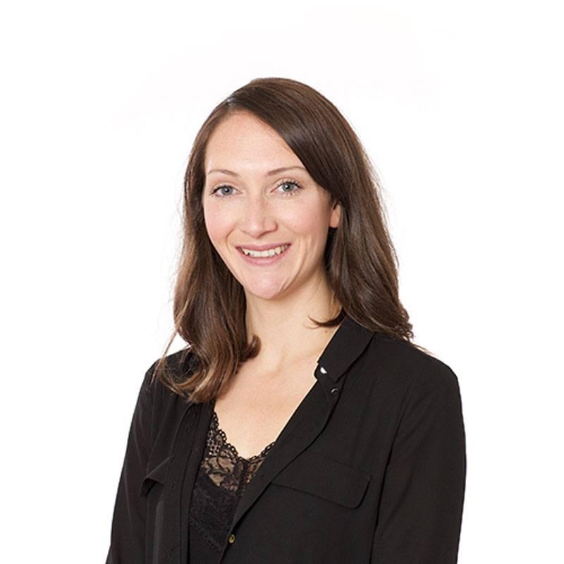 Dr Niamh Lynam-Lennon